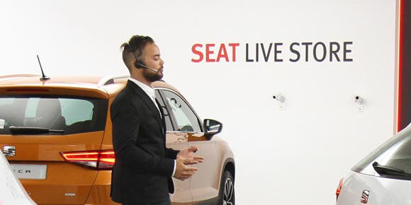 SEAT España presenta el primer showroom virtual