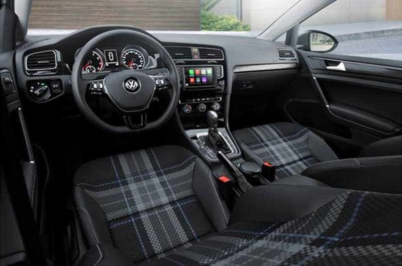 Nuevo volkswagen golf style 2017 llega a m xico for Interior golf 2017