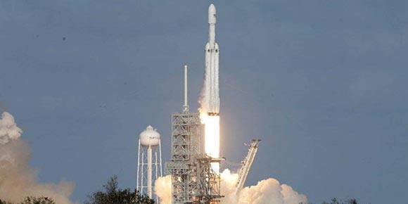 El hito del Falcon Heavy, de SpaceX
